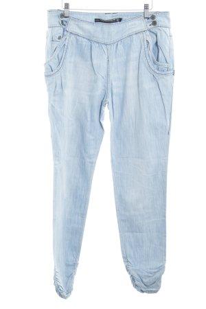 Zara Vaquero holgados azul celeste-azul claro look casual