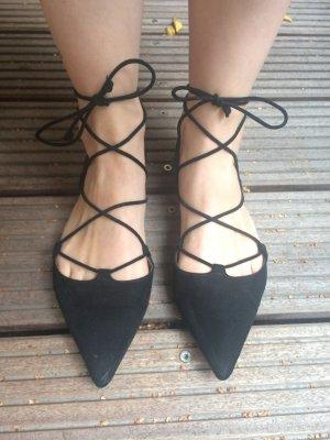 Zara Ballerinas Gr.38 zum Schnüren Flats Schnürballerina schwarz Spitz wie neu