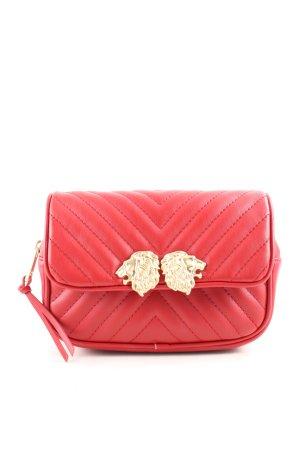 Zara Basic Riñonera rojo estampado acolchado look casual