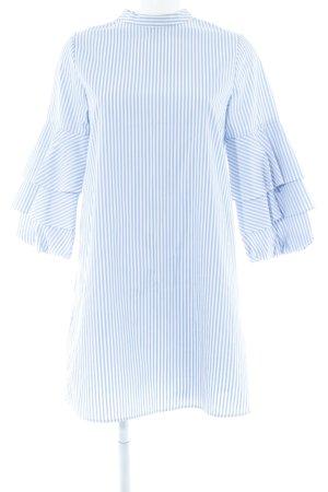 Zara Basic Blusenkleid weiß-himmelblau Streifenmuster Street-Fashion-Look