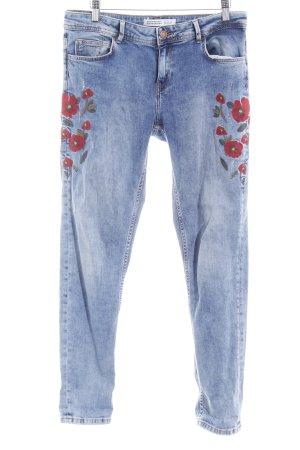 Zara Basic Boyfriendjeans blau-dunkelrot Casual-Look