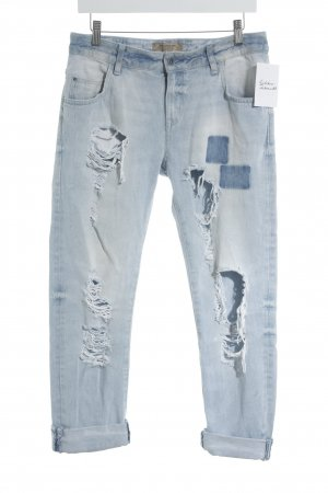 Zara Basic Boyfriendjeans himmelblau Destroy-Optik