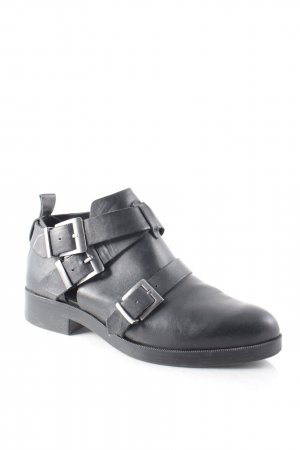 Zara Basic Cut-Out-Stiefeletten schwarz Urban-Look