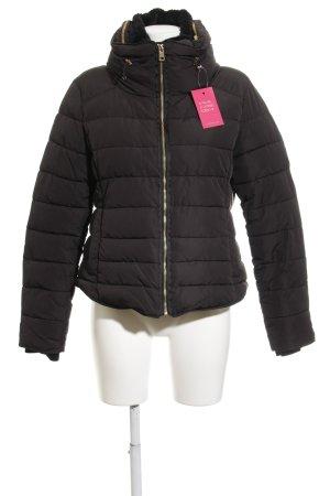 Zara Basic Daunenjacke schwarz Casual-Look