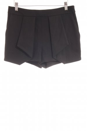 Zara Basic High-Waist-Shorts schwarz Business-Look