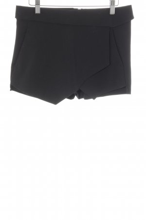 Zara Basic Hot Pants schwarz Party-Look