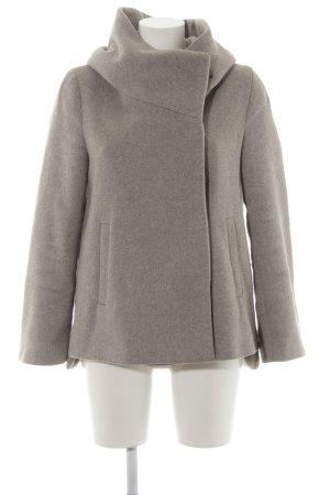 Zara Basic Abrigo con capucha gris claro look casual