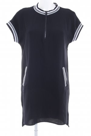 Zara Basic Kurzarmkleid Streifenmuster sportlicher Stil