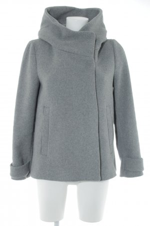 Zara Basic Kurzmantel grau Casual-Look