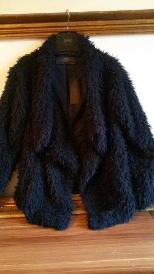 Zara Basic kuschelige Jacke in der Gr.L