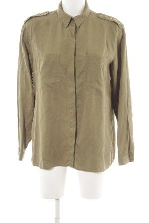Zara Basic Langarmhemd khaki Street-Fashion-Look