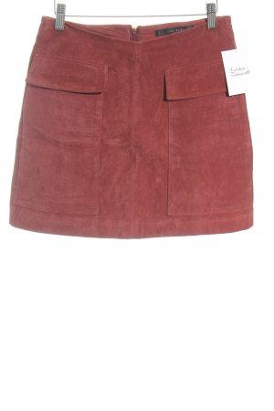 Zara Basic Lederrock dunkelrot Casual-Look