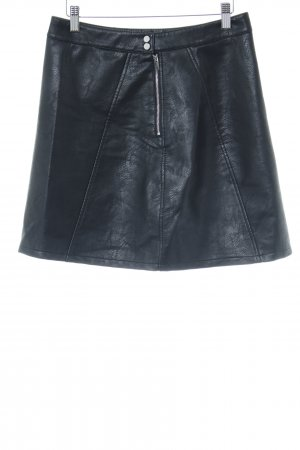 Zara Basic Lederrock schwarz Street-Fashion-Look