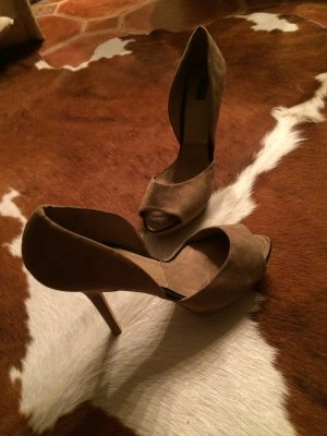 ZARA Basic Peeptoes aus Wildleder