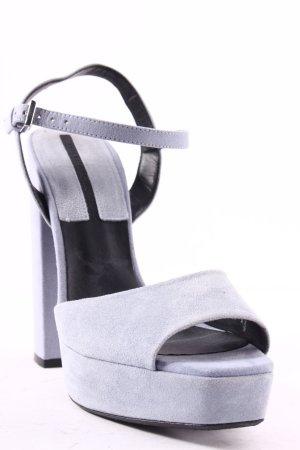 Zara Basic Plateau-Pumps himmelblau-schwarz Street-Fashion-Look