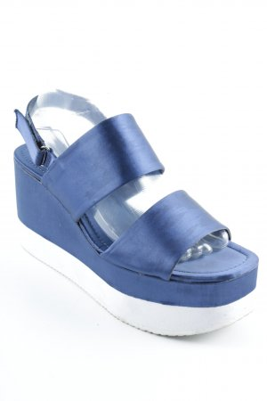 Zara Basic Platform High-Heeled Sandal dark blue-white beach look