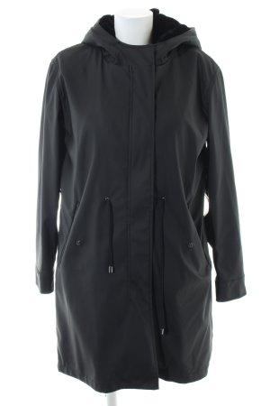 Zara Basic Regenjacke schwarz Casual-Look