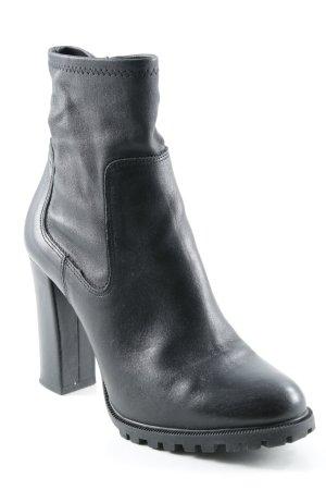 Zara Basic Reißverschluss-Stiefeletten schwarz Street-Fashion-Look