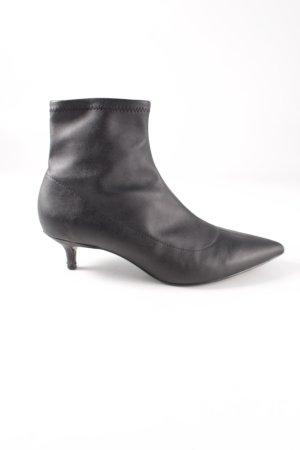 Zara Basic Schlüpf-Stiefeletten schwarz Business-Look