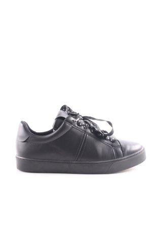 Zara Basic Schnürsneaker schwarz-weiß Punktemuster Casual-Look