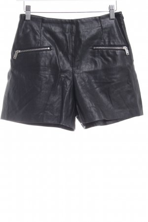 Zara Basic Shorts black casual look