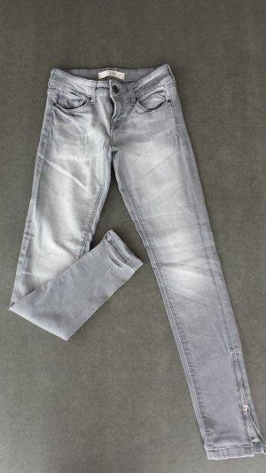 Zara Basic Skinny Jean grey Size 38