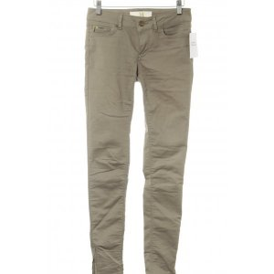 Zara Basic Skinny Jeans khaki Street-Fashion-Look
