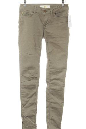 Zara Basic Skinny Jeans khaki Street-Fashion-Look