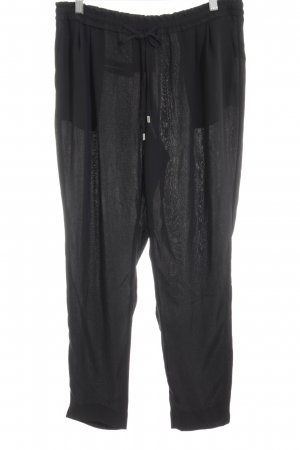 Zara Basic Stoffhose schwarz Street-Fashion-Look