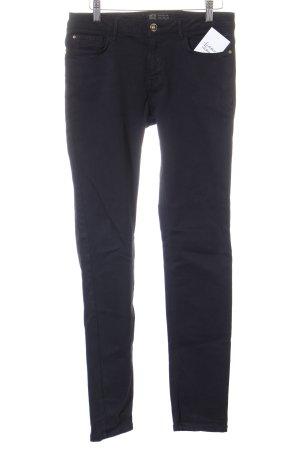 Zara Basic Stretch Jeans schwarz Street-Fashion-Look