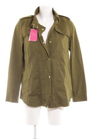 Zara Basic Übergangsjacke grasgrün Street-Fashion-Look