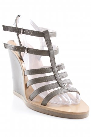Zara Basic Wedges Sandaletten ocker Beach-Look