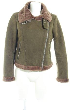 Zara Basic Winterjacke khaki-hellbraun Street-Fashion-Look