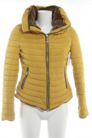 Zara Basic Winterjacke mehrfarbig Casual-Look