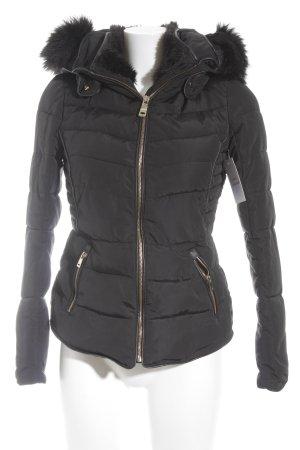 Zara Basic Winterjacke schwarz-goldfarben Steppmuster Casual-Look