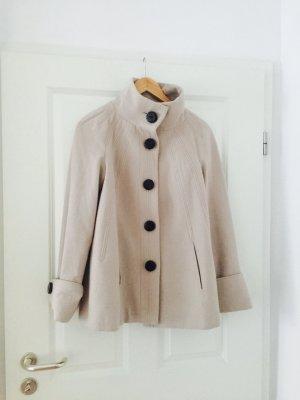 Zara/ beigefarbenen Mantel