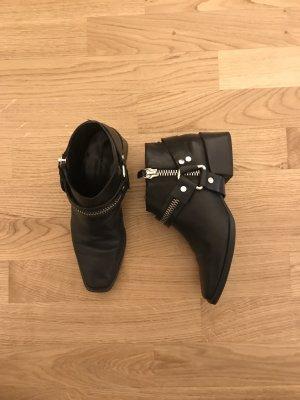 Zara Western laarsjes zwart