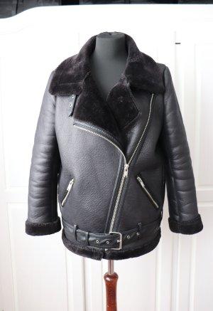 Zara Biker Lammfell Leder Jacke Größe M in schwarz