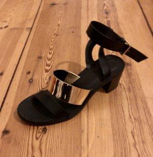 Zara / Block Heel Sandals / Wie neu / Sehr bequem