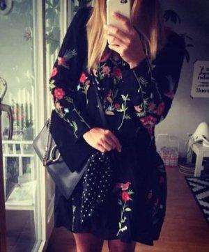 Zara Blogger Kleid Stickerei embroided hippie must have bestickt blumen S
