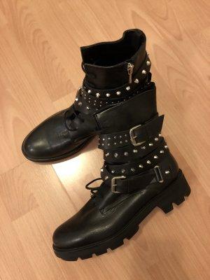 Zara bloggers boot