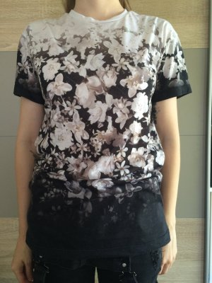 Zara Blumen T - Shirt
