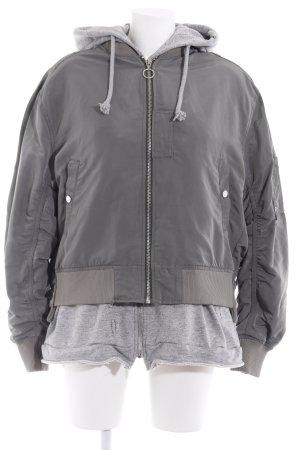 Zara Giacca bomber grigio chiaro-cachi stile atletico