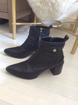 Zara booties Leder Stiefelette