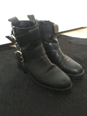 Zara Boots 36