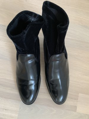 Zara Basic Tronchetto nero