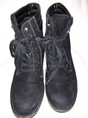 Zara Stivale stringato nero