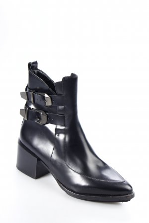 Zara Boots schwarz Street-Fashion-Look