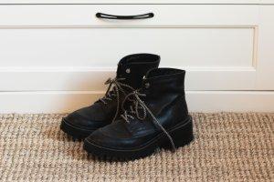 Zara Boots / Stiefeletten Gr. 38 - gefüttert - Echtleder
