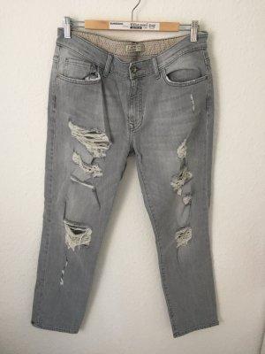 Zara Boyfriend Jeans Destroyed Hellgrau
